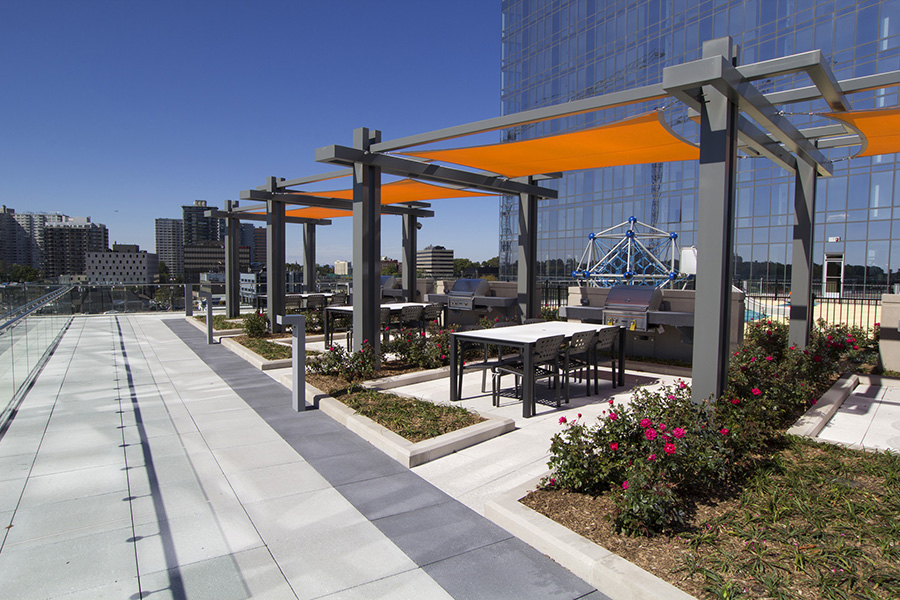 The Modern – North Tower Rooftop and Ground Level Project Image